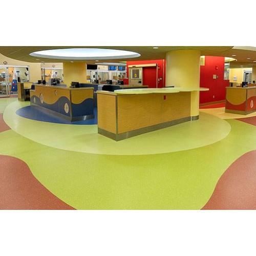 广西PVC塑胶地板 幼儿园胶地板 石塑亚麻运动防静电橡胶地板