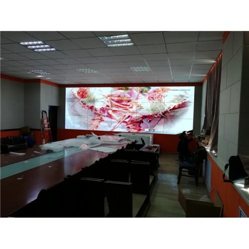 甘南州碌曲中学3X5液晶拼接大屏幕