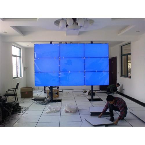 平凉市鑫港物业会议室3X3液晶拼接屏