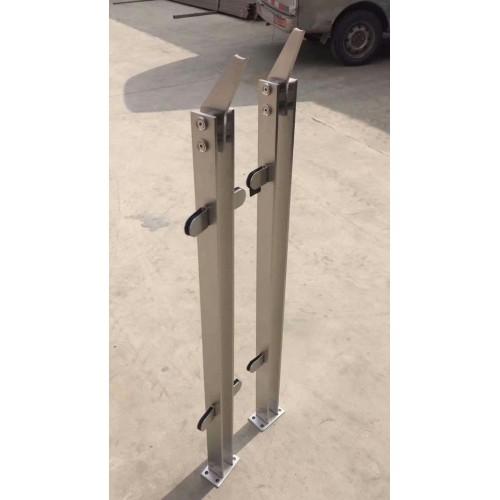 304工程楼梯不锈钢空心管立柱 空心管立柱批发