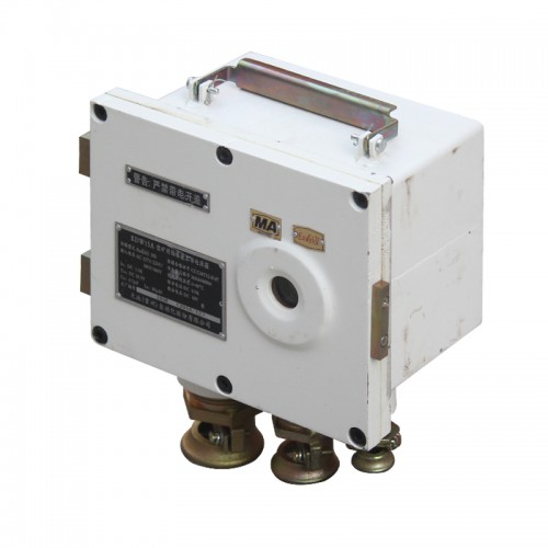 KDW15A型矿用隔爆兼本安电源箱