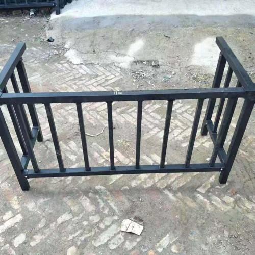 安全铁艺护栏 家庭阳台铁艺护栏 庭院铁艺护栏
